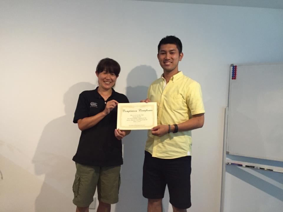 (スポーツメンタルコーチの資格を取得!学長の鈴木と。)